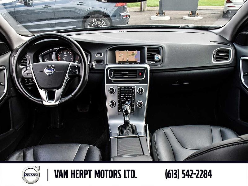 Volvo  T5 Special Edition  AWD WITH 099% FINANCING(OAC)
