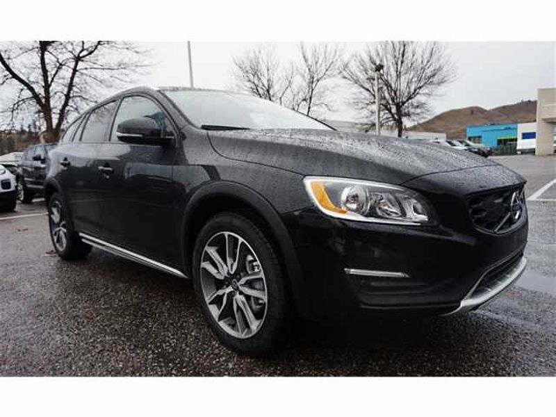 Volvo V60 Cross Country T5 Awd Premier Used Vehicle Kelowna Saloon