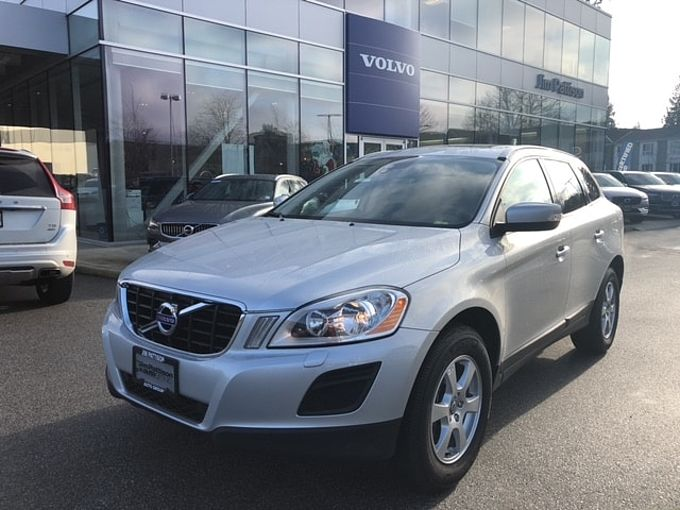 Volvo XC60 Local BC Car No Accident Claim Over $2,000 3.2 Level 1