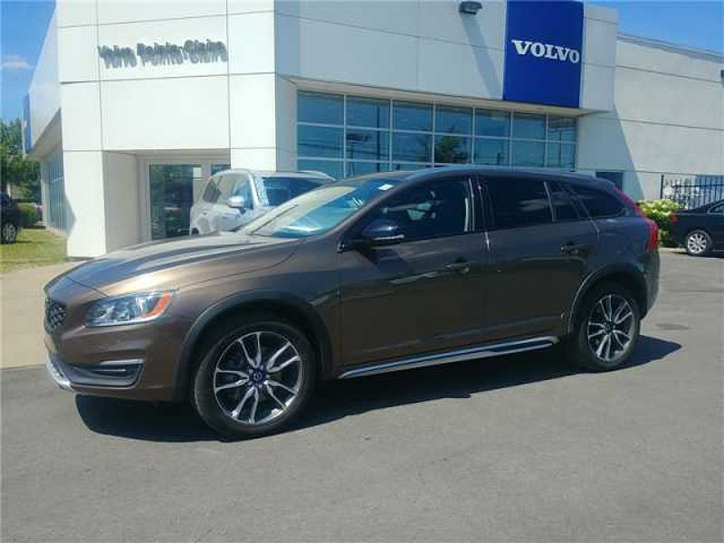 2015 Volvo V60 Cross Country T5 AWD Premier 0.9% Financement Disponible!